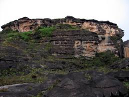 """""""el hotel"""" - unser Camp am Roraima (ganz oben links)"""