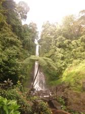 Der Sing-Sing Wasserfall - rund 40m hoch