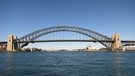 Die Harbour Bridge und die Oper - beides gehört zwangsläufig zu einem Sydney-Besuch